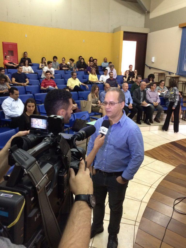 Prof. Gesil Sampaio, da Universidade Estadual de Santa Cruz, visita Maringá para falar sobre Marco Legal da CT&I